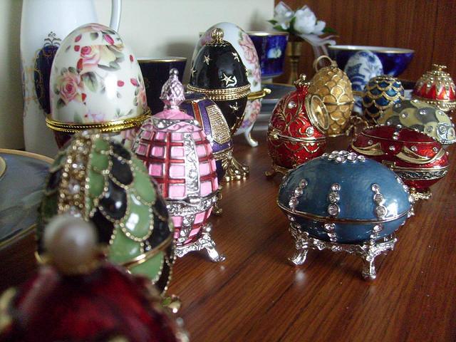 Oeufs de fabergé, ayant inspiré les Fabergé Charms Eggs