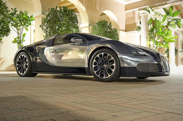 Bugatti Veyron, l'ancienne supercar Buggati remplacée par la Chiron