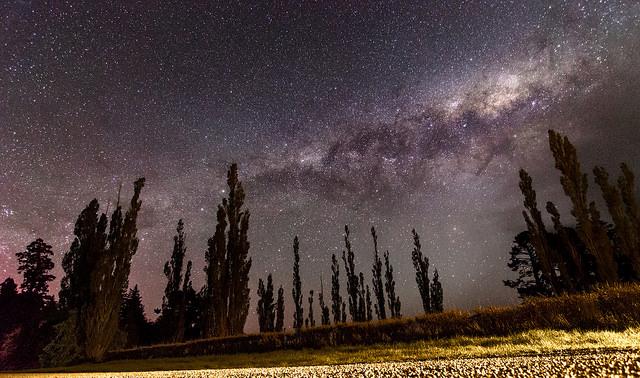 paysage avec des étoiles
