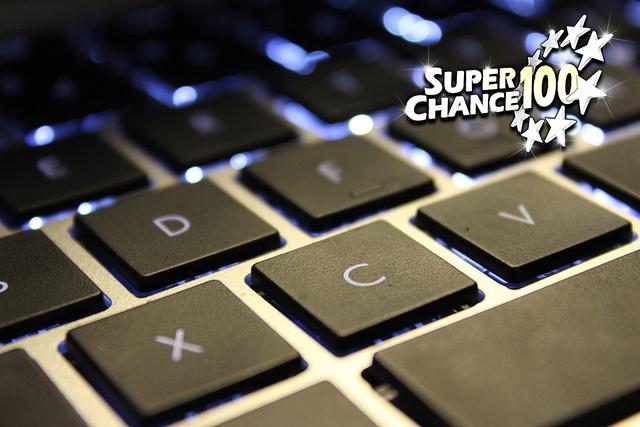 Photographie d'un clavier d'ordinateur.