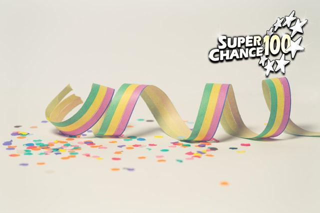Confettis de célébration.