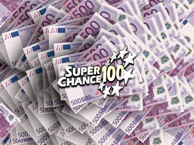 Billets de 500 euros gagnés à l'Euro Millions en mai.