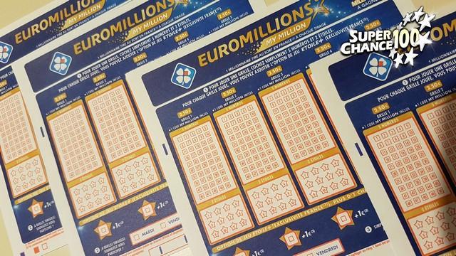 Des grilles d'EuroMillions pour le vendredi 13 décembre.